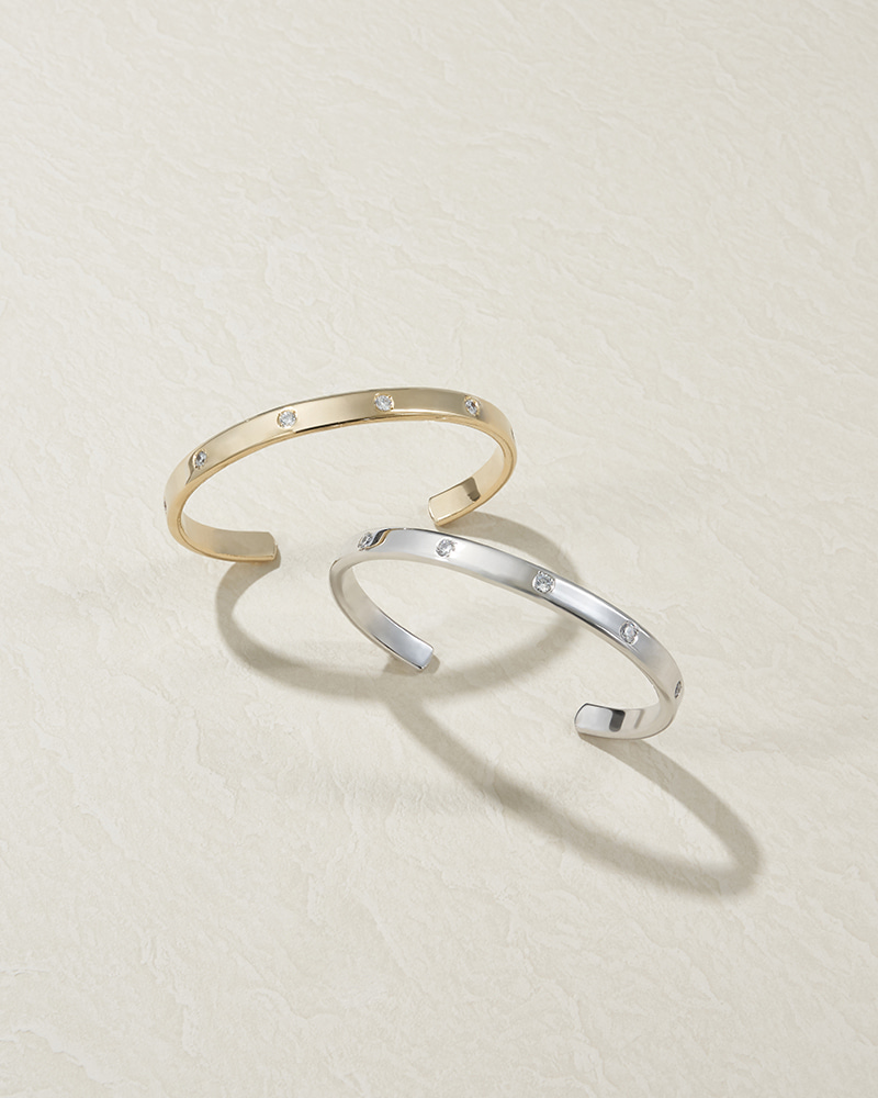 Z. DIAMOND BANGLE
